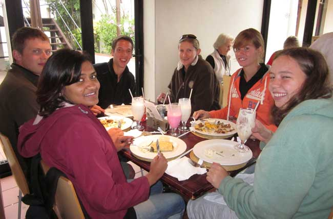 HESC - Students at Harries Pancakes