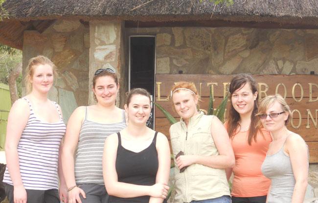 Charlotte, Giulia, Rebecca, Jess, Louise & Kerrie
